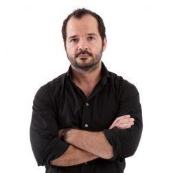 Contratar a Ángel Martín